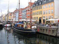 Nyhavn Kpenhamn (kattsvart) Tags: copenhagen denmark nyhavn mast scandinavia danmark bt segelbt turist northerneurope hamn kpenhamn