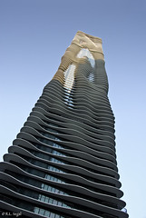 Aqua Tower - Image 1 (rjseg1) Tags: gang aqua tower skyscraper wavy architecture chicago segal rjseg1