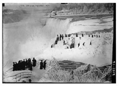 Ice Bridge, Niagara 1912  (LOC) (The Library of Congress) Tags: libraryofcongress dc:identifier=httphdllocgovlocpnpggbain10087 xmlns:dc=httppurlorgdcelements11 water ice niagara icebridge niagrafalls 1912 1910s winter cold niagarafalls snow people bw falls waterfalls usa us ny newyork tourists nature