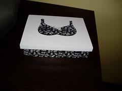 caixa feita com carimbo (Atelier Denise Fernandes) Tags: painting artesanato madeira pintura mdf carimbo decorativepainting pinturadecorativa pinturaemmdf pinturacomcarimbo caixaparalingere