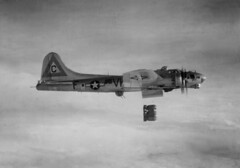 B-17G 358thBS WWII (*Lynne) Tags: history wwii 1940 b17 worldwarii ww2 boeing bomber oldphotos flyingfortress vintagephotos b17g warplanes 8thaf 360thbs