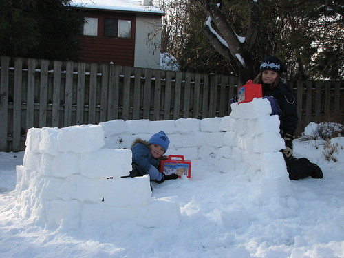 Snow forts made easy