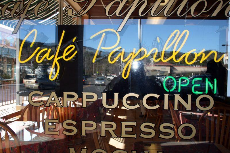 Cafe Papillon