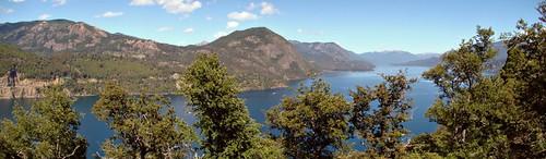 Una vista del Lácar