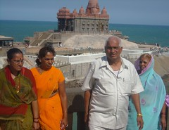 tourists in Kannyakumary (Roberta Tura) Tags: india kannyakumari