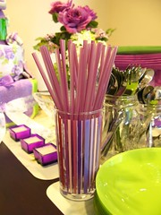 Purple straws & Green plates