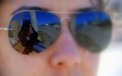 Grebildiklerim / Things Which I Can See (syrsln / ibo guido) Tags: reflection sunglasses turkey relax march nikon photographer tour trkiye guide dslr 2008 mart bozcaada gezi yansma anakkale geyikli fotoraf objektif d80 kartpostal gnegzl enstantane rehber deklanr fotorafnnfotoraf syrsln flickrturkey thephotoofphotographer