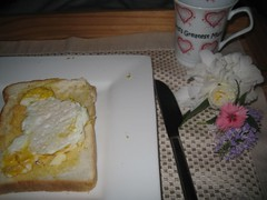 breakfast in bed on mothers day