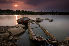 SUNSET HAVEN (Edwin_Martinez) Tags: longexposure landscape twilight philippines rivers filipino laguna magdalena pinoy pagsanjan susnet bwfilter canon1022mm canon30d singhray excellentcapture hcpphotogs atinay nuetralgrad