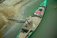 Daily Life (Shahriar Arifin) Tags: winter wintermorning river boat worker dailylife