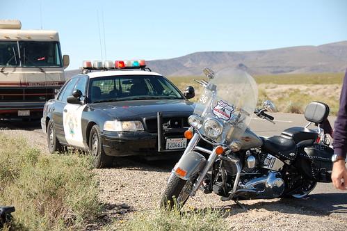 harley accidentada con el coche de policía