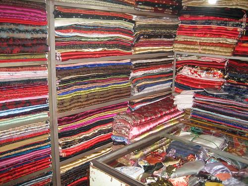 Silk Shopping in Hangzhou