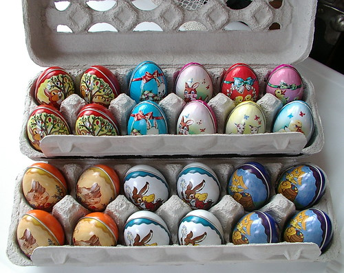 old fashion tin eggs