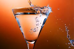 Overflow 2 (96dpi) Tags: orange water glass wasser powershot splash glas overflow g9 strobist strobism überlauf 96dpi alevers