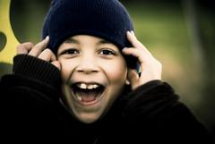 ^___^   ...lol (e.v.r.i.e.l) Tags: boy portrait cold smile children happy kid pentax outdoor lol laugh enfant sourire froid rire garon aficionados doubleblooded k10d facenvisage