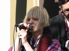 Sia (sos-photography) Tags: music starbucks sia siafurler