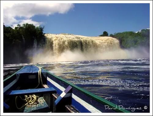 Laguna de Canaima, Venezuela por David Domínguez.