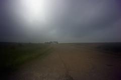 Shingle Street (Jim Skea) Tags: road inglaterra england mist praia beach suffolk nikond50 estrada neblina jimsk shinglestreet sigma1020mmf456exdchsm