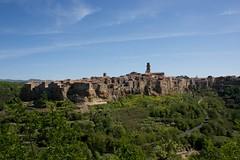 PITIGLIANO - TOSCANA (strato56) Tags: italy italia tuscany toscana borgo medievale scorcio scorci borghi pitigliano canon1855mmf3556 borghimedievali canonefefsofficialtagrequired