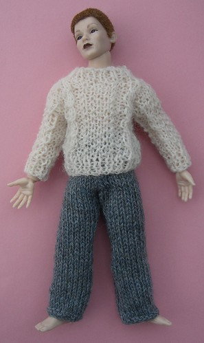 Knitting Patterns For Dolls Houses : Ravelry: Easy to Knit Miniature Knitting Patterns for the Dolls House in...