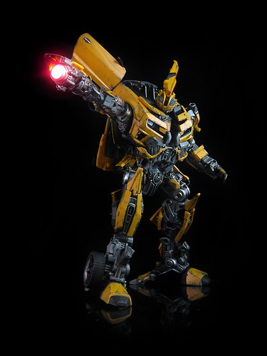 transformers dark of the moon bumblebee leader class. Dark of the Moon : Leader