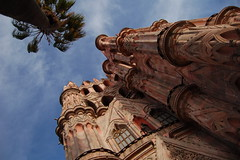 "Parroquia • <a style=""font-size:0.8em;"" href=""http://www.flickr.com/photos/71572571@N00/1905599388/"" target=""_blank"">View on Flickr</a>"