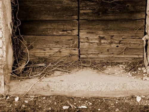 una soglia - dedicato a Chourmo