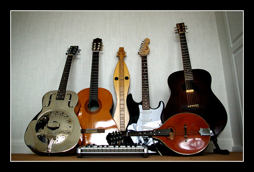 music electric guitar folk mandolin blues musical acoustic string resonator dulcimer musicalinstrument midi bottleneck steelguitar maudio hondo fylde guitarcollection keybooard fyldeguitar