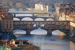 Ponte Vecchio (TomStardust) Tags: travel bridge italy history golf florence nikon flickr italia view famous bridges explore vista firenze dslr piazzale pontevecchio piazzalemichelangelo onexplore d40 explored photoexplore flickrestrellas romaflorence