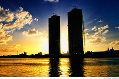 Torres Gmeas - Recife / PE (Omar Junior) Tags: santa blue sunset brazil sky sol azul brasil de geotagged pier edificios do pentax d edificio rita cu junior wtc recife nassau pe omar ist coelho reflexo ceu por clube pernambuco maurcio pentaxistd prdios duarte torres cais predios silhueta iate moura silhuete gmeas engenharia dubeux piermaurciodenassau pierduartecoelho geo:lat=8068981 geo:lon=34876394