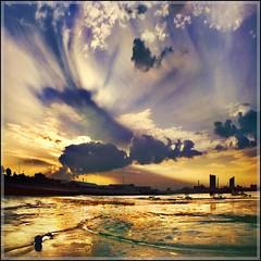 Evening Skies (adrians_art) Tags: sky film thames clouds reflections boats evening kent bravo shadows silhouettes sunsets rivers chapeau bexley slides fujichrome 100asa erith firstquality mywinners aplusphoto diamondclassphotographer flickrdiamond colourartaward