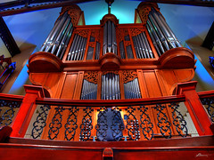 St Andrews Church (paul bica) Tags: pictures toronto hot color colour art church colors beautiful beauty digital photoshop catchycolors photography photo yahoo google amazing graphics pix exposure flickr colours image photos pages pics top picture pic images best collection organ photograph clipart thumb sensational thumbnails msn 2008 flikr zuiko brilliant flick hdr dex flicker screensavers goldenglobe zd myfirsthdr stsndrews olympuse3 f2840 dexxus e1260mm