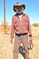 Warburton aborigine cowboy (SubiYurek) Tags: camping roadtrip april aborigine outback pitstop 2008 westernaustralia warburton bartering perthwesternaustralia yurek kulski jerzykulski yurekkulski greatcentralhighway jkulski jkkulski songsticks