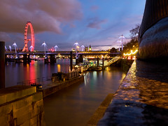 embankment evening (scottprice16) Tags: london england thames longexposure londoneye bigben bridge light reflection stone sphynx embankment west city architecture winter february shower weather sleet docks