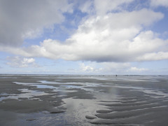 DSC04046 (jonwe1964) Tags: sea simon beach sand surf surfing pete bikeride tiree boogieboard stagweekend kingy brummitt