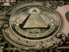 annuit coeptis (Kucumatz) Tags: usa eye one 1 all pyramid nwo great roosevelt seal seeing dollar 13 occult 1776 thirteen illuminati novus ordo seclorum treize occultism