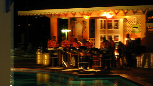 Jammin' at Sandals Halcyon por MrTopher.