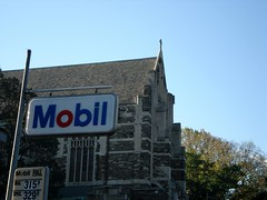 Full Service, Sundays 10:00 (erikschryver) Tags: nyc church guesswherenyc mobil nycguessed petrol gasoline gasprices episcopal fullservice intercession rbs10025guessed 155st