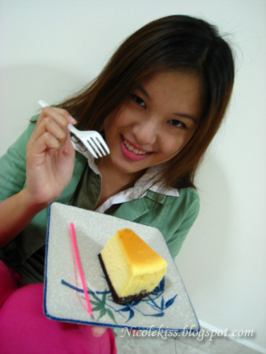 eating cheesecake
