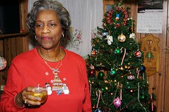 A Toast to Mom (thehalfshow.com) Tags: christmas family mom 2007 mesaj