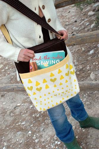 messenger bag back pocket