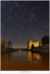 Croy At Night (1D004476) (nandOOnline) Tags: castle night stars star trail rotation astronomy nightsky slot constellations brabant startrails kasteel croy aarlerixtel slotgracht nandoonline laarbeek nandoharmsen