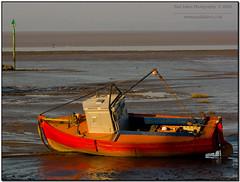 Boat at Morecambe (Paul Iddon (www.pauliddon.co.uk)) Tags: sunset colour coast boat sand lancashire textures moor morecambe moored iddon abigfave aplusphoto riotofcolours brillianteyejewel