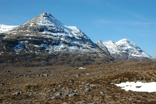 Beinn Dearg and Beinn Alligin behind