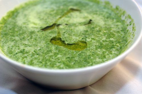 green garlic spinach soup