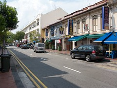 Restored shophouses : general view (PicturesSG) Tags: singapore general snap restored shophouses nlb commercialbuildings architectureandlandscape buildingtypes 72dpijpegonly