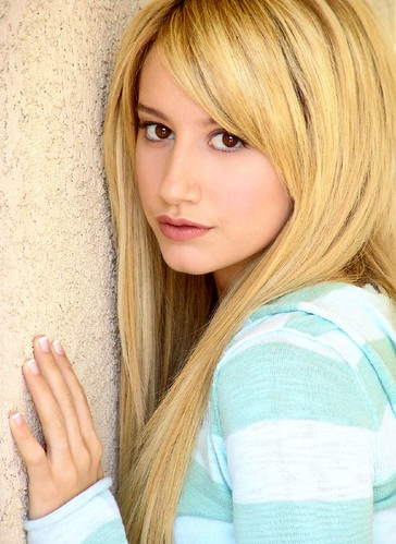 Ashley Michelle Tisdale Beautiful High School Musical Star