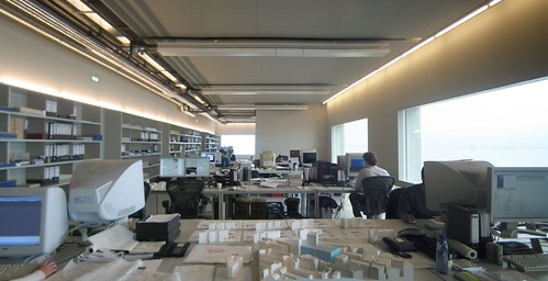 Pros/Cons of L-shaped Desk? | Forum | Archinect