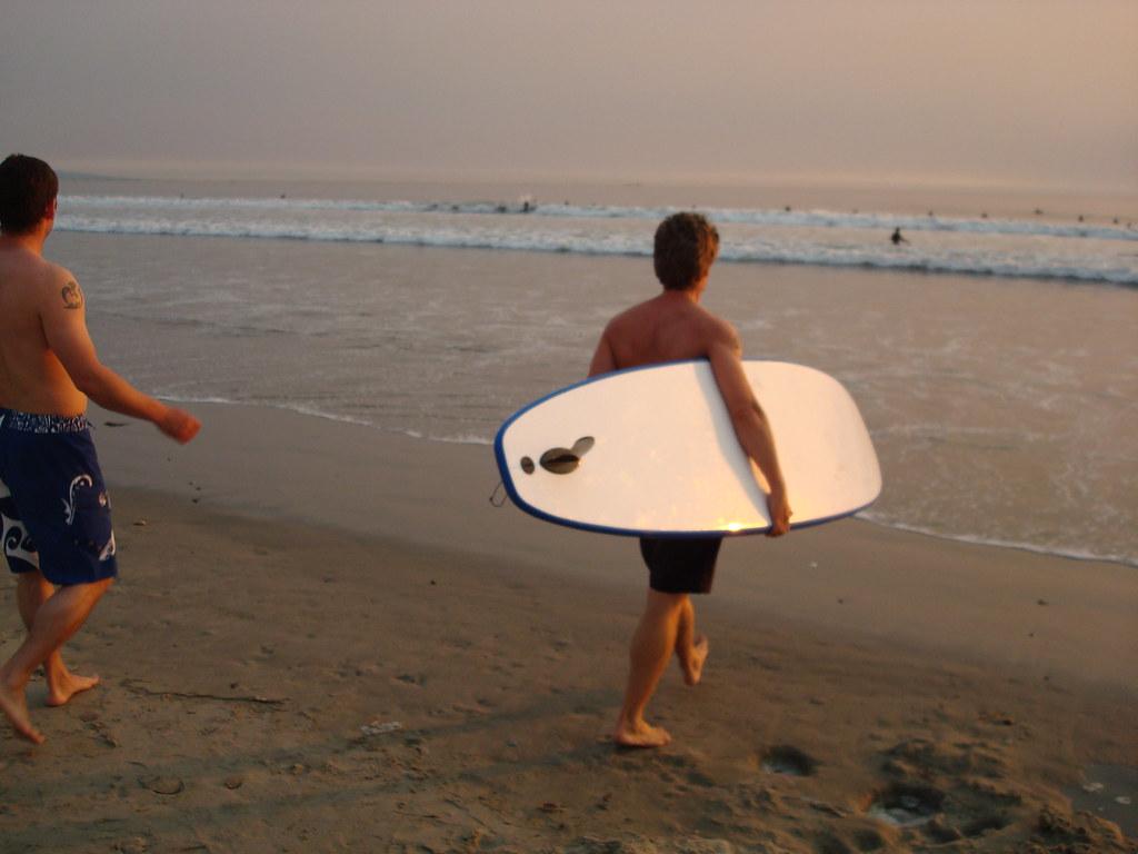 ベニスビーチのサーファー