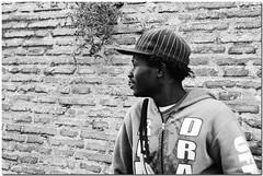 (ir) regolari 2 (Lorcarg) Tags: street blackandwhite roma blackwhite streetphotography bianconero biancoenero 2007 nikondx bnvitadistrada bareden lorcarg